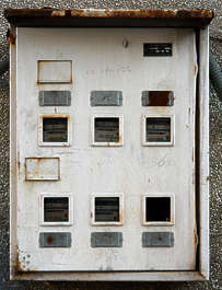 fusebox fuse box door fuses
