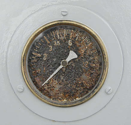 meters meter old dial gauge