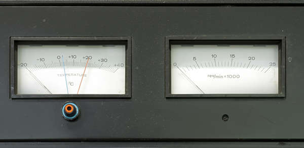 lab laboratory meter gauge temperature rpm