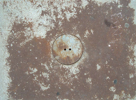 sewer metal lid round small