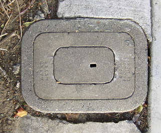 sewer lid rectangle small