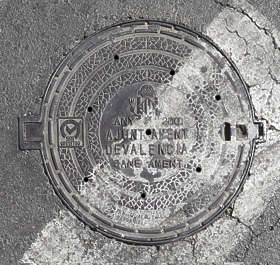 sewer manhole lid round spain
