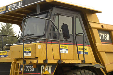 dumptruck vehicle mining big wheel wheels construction huge truck tyre tire