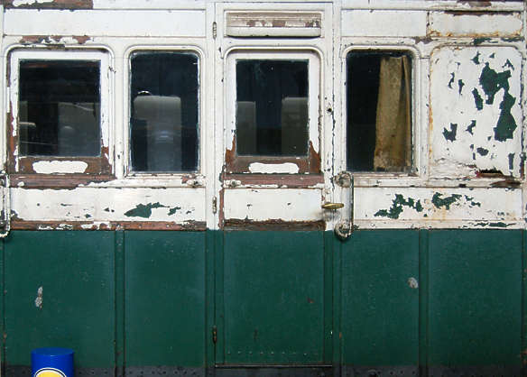 train wood windows door old
