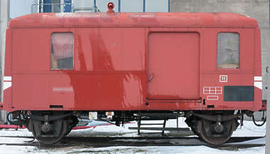 train vehicle cargo
