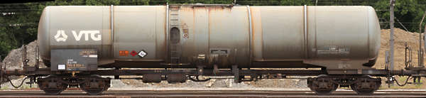 vehicle train carriage tank cargo