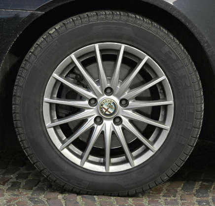 wheel tire car tyre