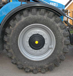 wheel tractor big tyre tire