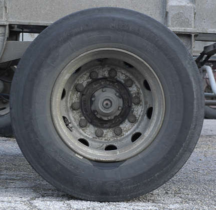 wheel truck big tyre tire