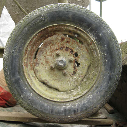 wheel old tyre tire