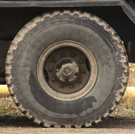 wheel truck big tire tyre