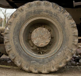 wheel big truck crane tyre tire