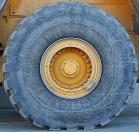 wheel truck crane large big tyre tire