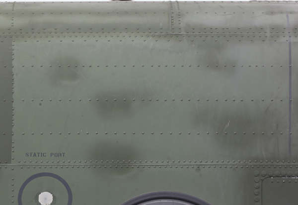 aircraft panel rivet rivets chinook helicopter metal seam
