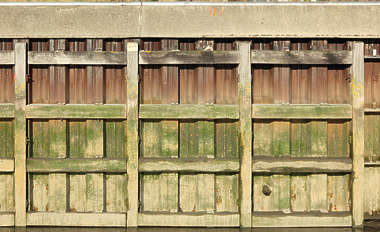 dock wall bulkhead metal docks water