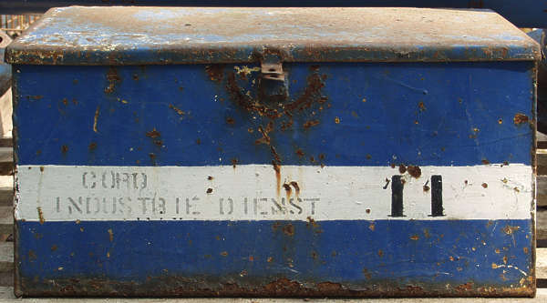 metal container paint old rust dirty numbers