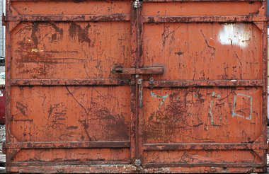 metal container rust scratches