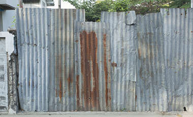 thailand bangkok asia asian metal plates rusted fence old