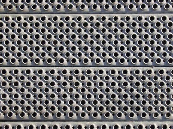 treadplate threadplate tearplate metal holes