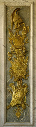 ornament gold gilded Versailles shield