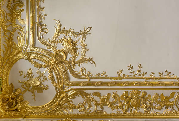 gold gilded trim border ceiling ornament