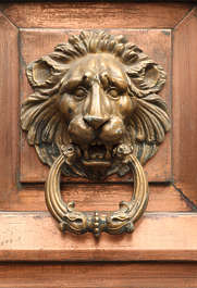 ornament lion head copper