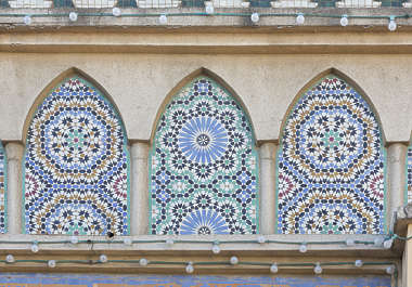 morocco arabic moorish ornate arch arches zelige tiles