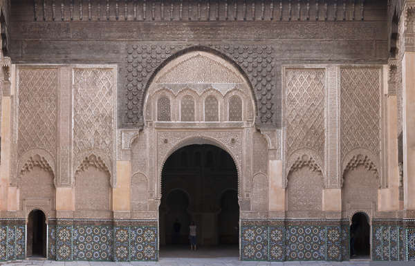 morocco arabic moorish ornate ornament stucco arch door palace