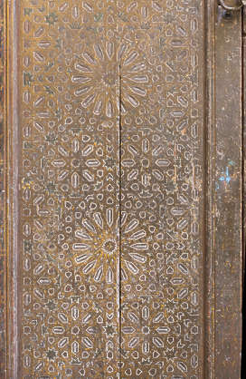 morocco door wood carved carving old medieval moorish location:medersa-meknes