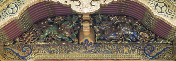 ornament ornate roof detail sculpture relief trim gilded japan japanese temple shrine
