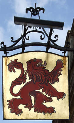 sign shield lion gold gilded