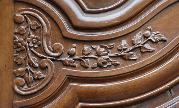 wood ornament flower curl carving