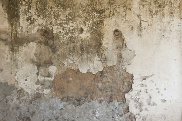 plaster dirty old worn damaged