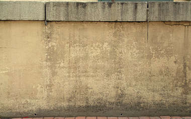 concrete stucco wall dirty