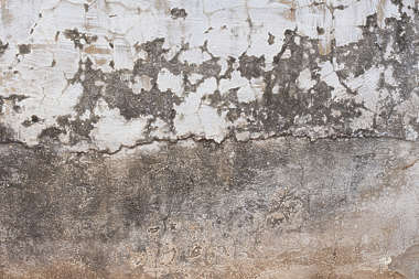 plaster dirty old worn