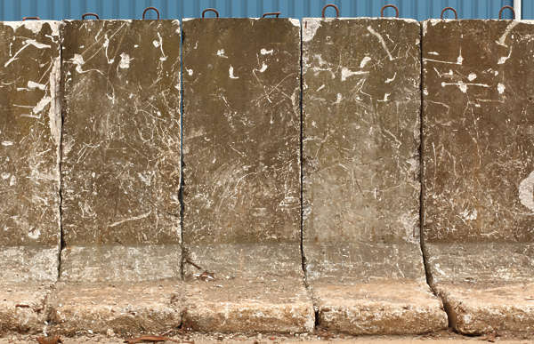 barrier concrete wall