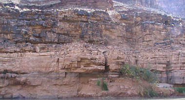 rock cliff grand canyon