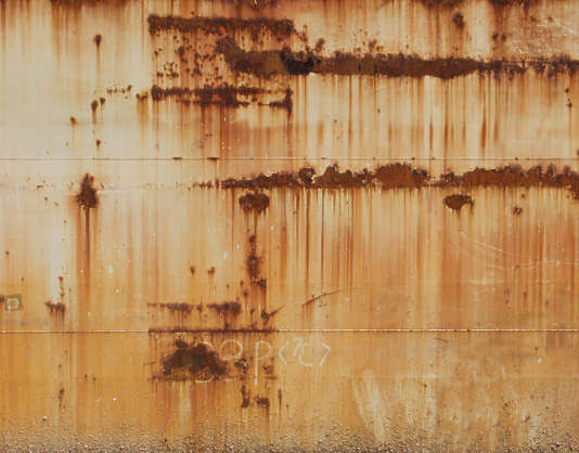 rust leaking ship plates seam spots