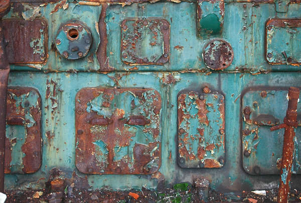 metal old rusted paint