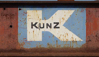 sign k metal rust