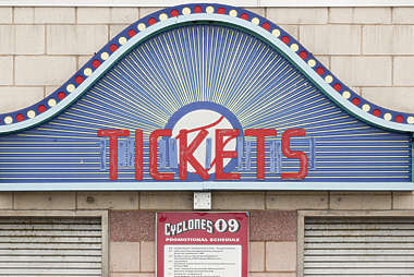 sign english new york NY US tickets coney island neon