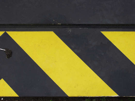 sign stripes yellow black warning stripe