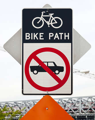 sign english new york NY US traffic bicycle