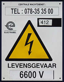 sign warning danger high voltage deadly shock lightning arrow