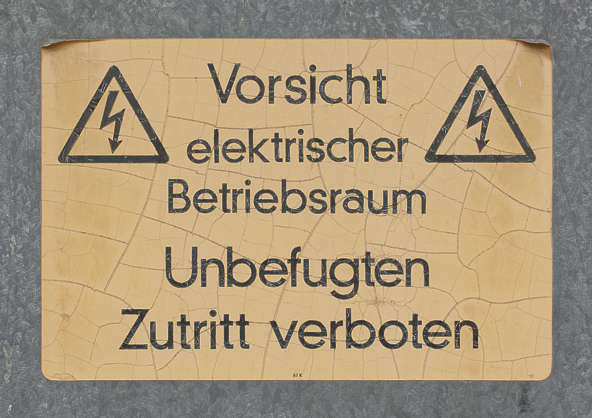 sign electricity warning