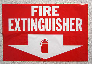 sign fire extinguisher arrow