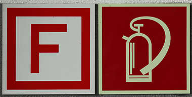 extinguisher fire sign