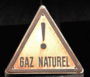 sign warning danger attention natural gas