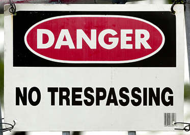 sign english new york NY US private property trespassing danger