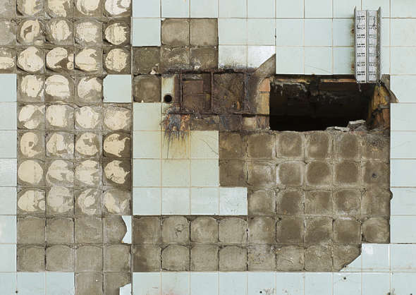 tile tiles damaged old broken